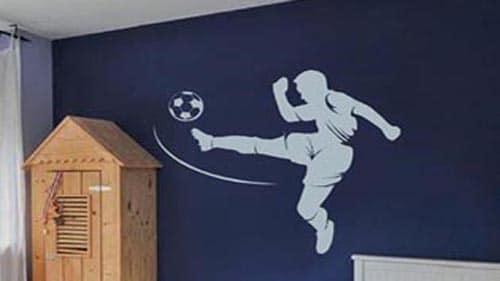 voetbalstickers op muur